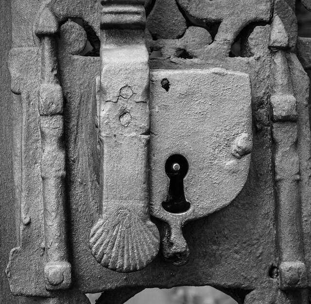 התאמת מנעול לצילינר הדלת